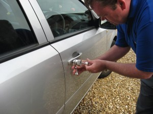 car--auto-locksmith